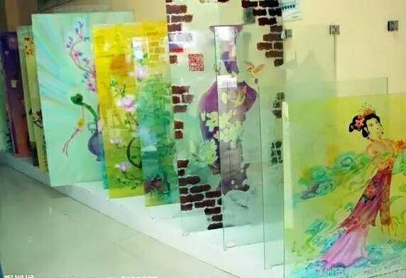 玻璃UV平板喷绘打印